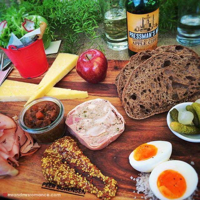Mr & Mrs Romance - Insta Diary - 5 Ploughman's munch & Pressmans Cider