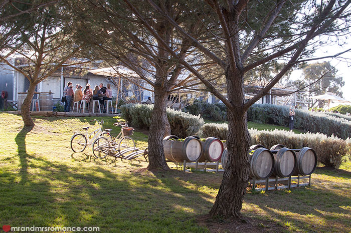 Mr and Mrs Romance - 15 tips for wine tasting at the winery cellar door