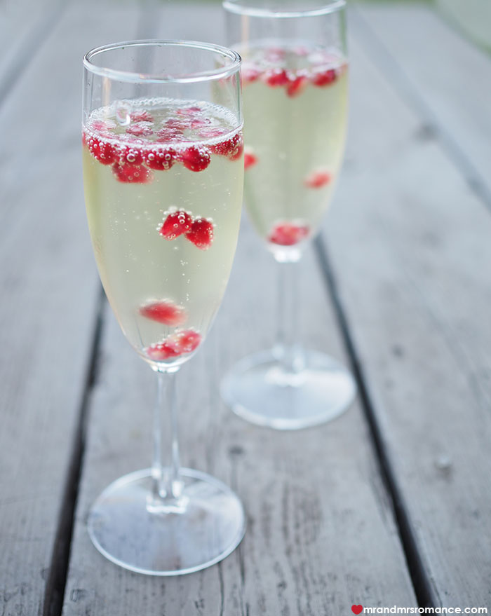 Mr and Mrs Romance - easy Holiday cocktail - pomegranate fizz. Click through for the recipe!