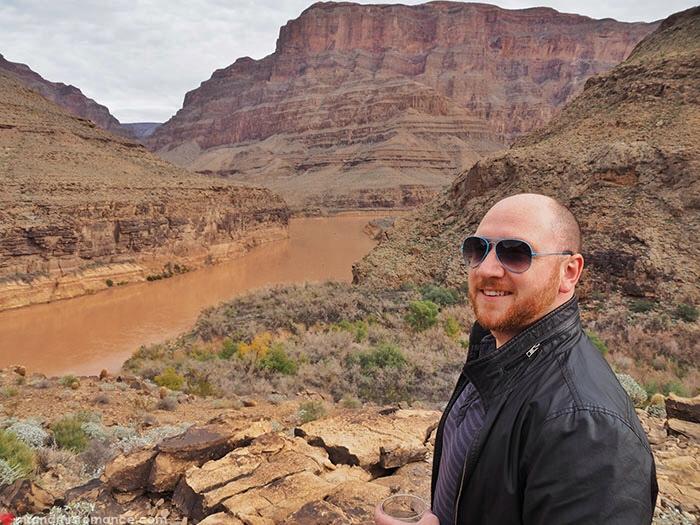 Grand Canyon heli tour - heli and him