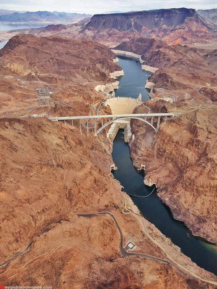 Grand Canyon heli tour - Hoover Dam