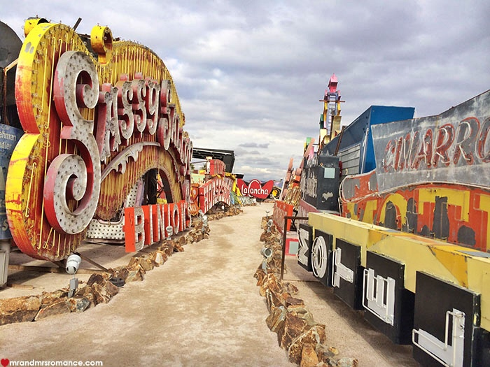 Mr and Mrs Romance - Things to do in Las Vegas - Neon Boneyard Museum 03