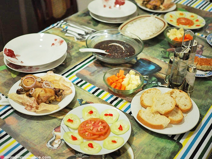 Mr & Mrs Romance - food in Cuba - casa dinner spread