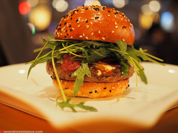 Mr-and-Mrs-Romance-Top-10-Burgers-4c-Gordon-Ramsey-Burgr-Las-Vegas.jpg