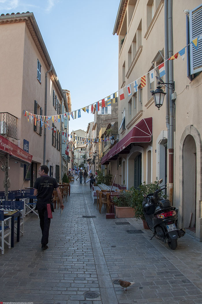 Mr and Mrs Romance - What to do in St Tropez Cote d'Azure - 11