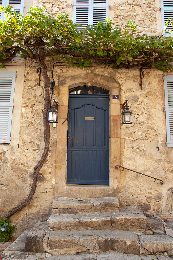 Mr and Mrs Romance - What to do in St Tropez Cote d'Azure - 14