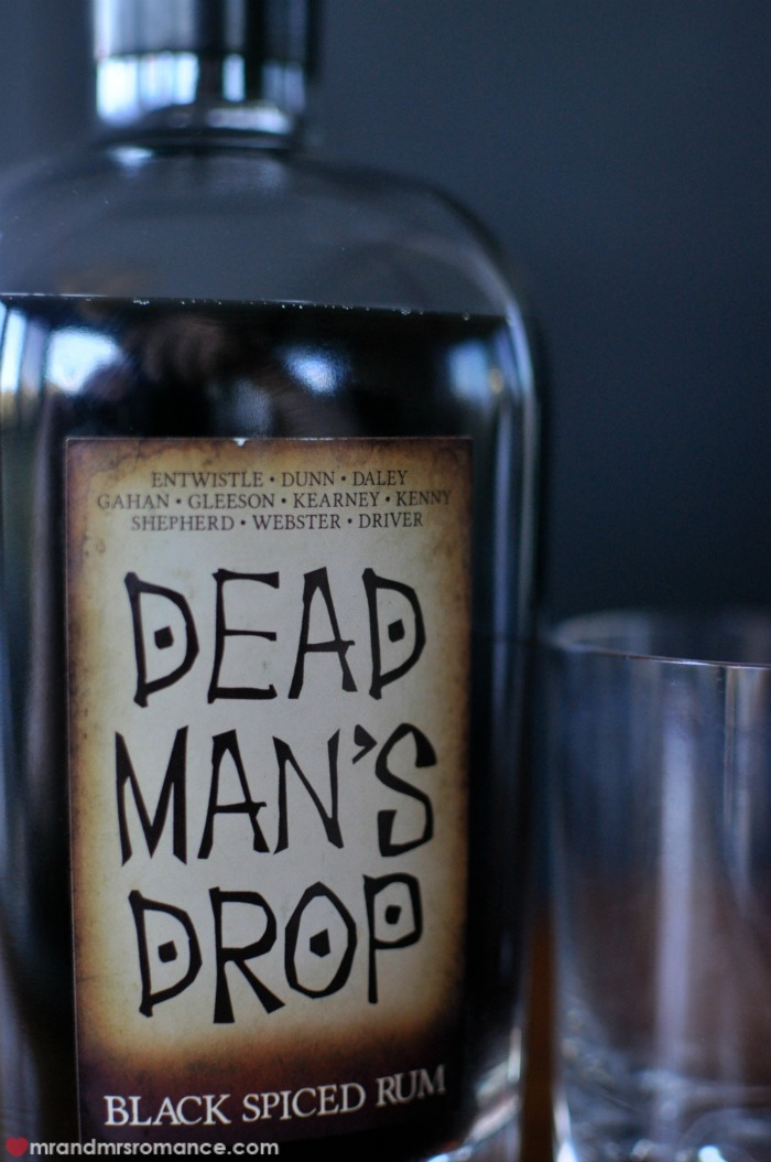 Mr & Mrs Romance - Dead Man's Drop - 2 label closeup