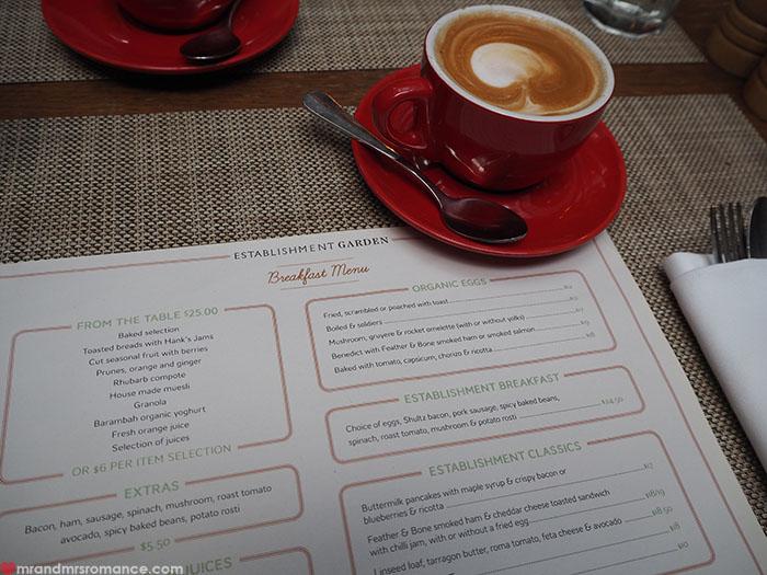 Mr-Mrs-Romance-Establishment-Hotel-10-breakfast-1.jpg