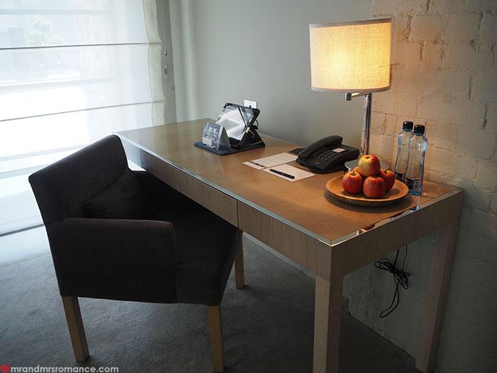 Mr-Mrs-Romance-Establishment-Hotel-3-room-2.jpg