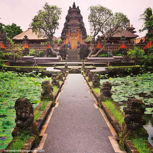 Mr & Mrs Romance - Insta Diary - 6bCB2 Ubud temples