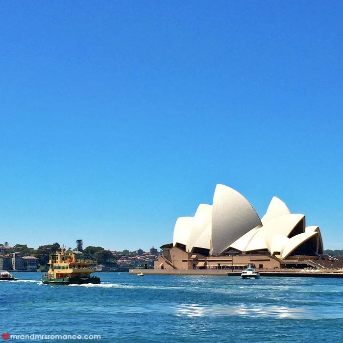 Mr & Mrs Romance - explore Sydney Harbour - ferries