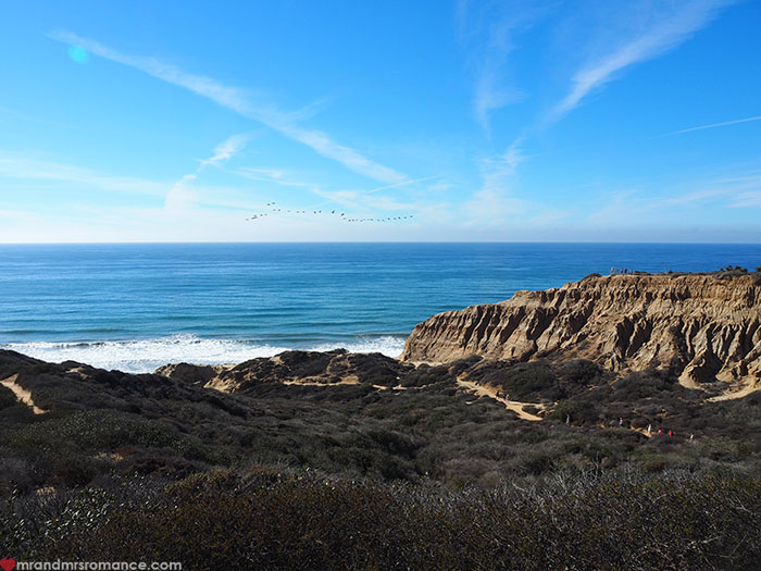 Mr-and-Mrs-Romance-Hiking-in-Torrey-Pines-San-Diego-8-views-over-cliffs.jpg