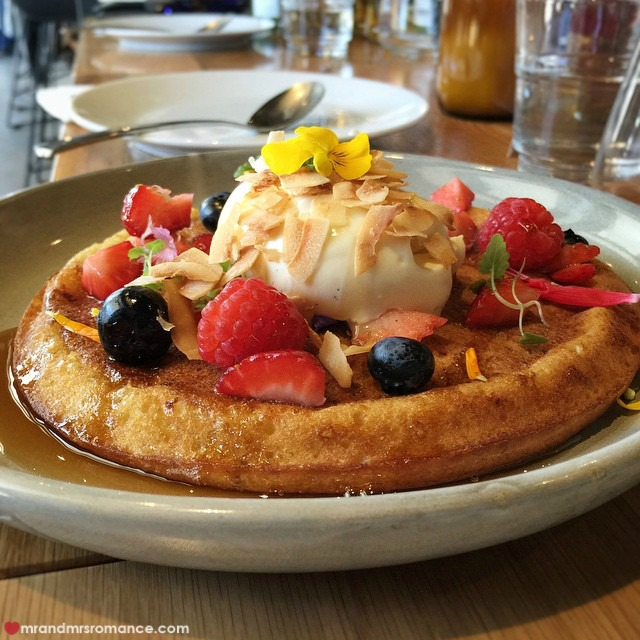 Mr & Mrs Romance - Insta Diary - 11 hotcake at Harry's Bondi