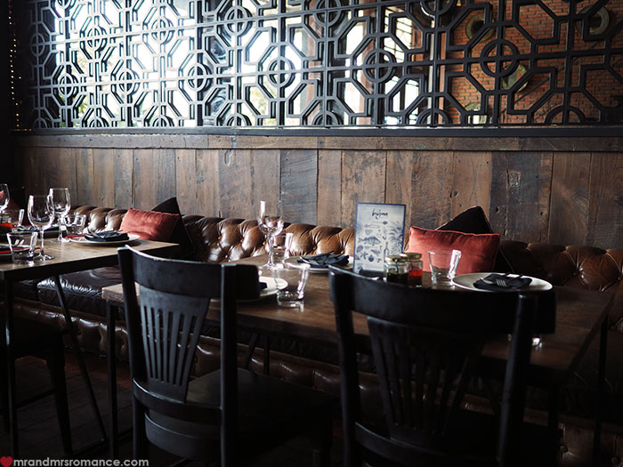 Mr and Mrs Romance - Where to eat in Bali - Mama San Restaurant