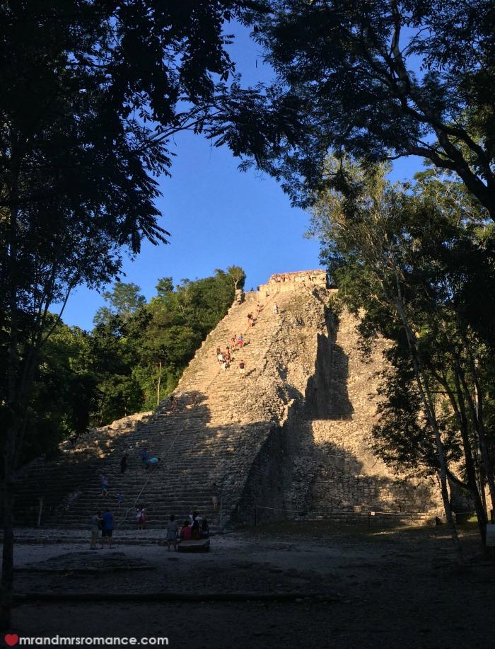 Mr & Mrs Romance - Tulum - 20 Coba pyramid 4