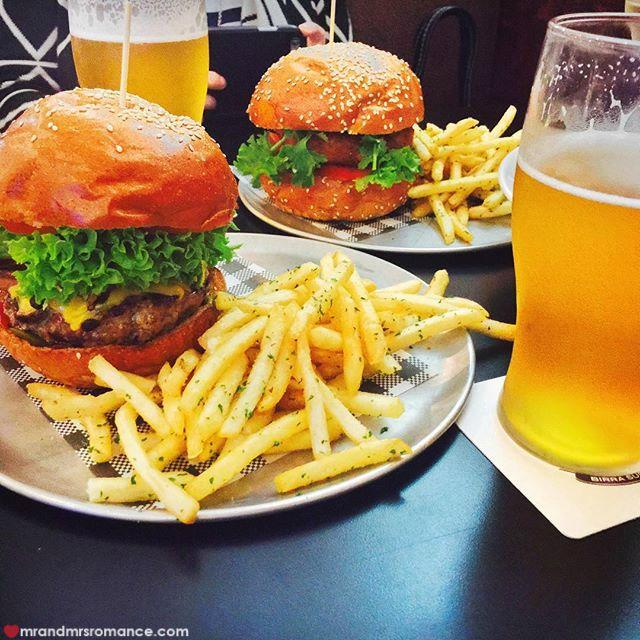 Mr & Mrs Romance - Insta Diary - 2 Bar Luca burgers