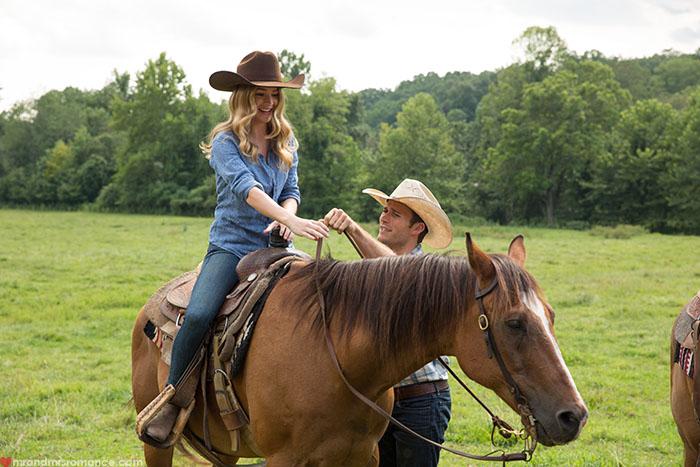 Mr & Mrs Romance - Longest Ride