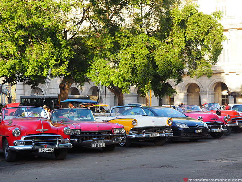 Mr & Mrs Romance - where to go in Cuba - old cars