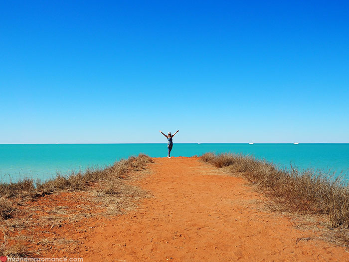 Mr & Mrs Romance - Broome on a Budget - McDaniels Lookout