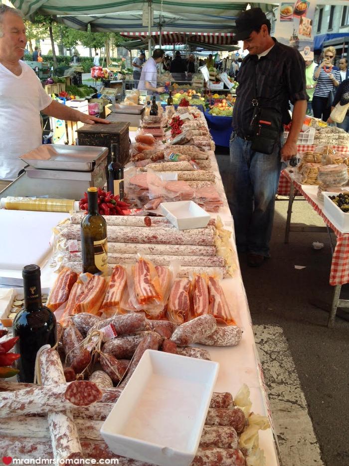 Mr & Mrs Romance - Summer dates - farmers market