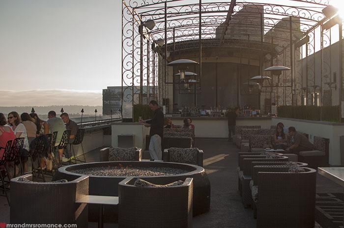 Mr & Mrs Romance - summer date ideas - rooftop bars