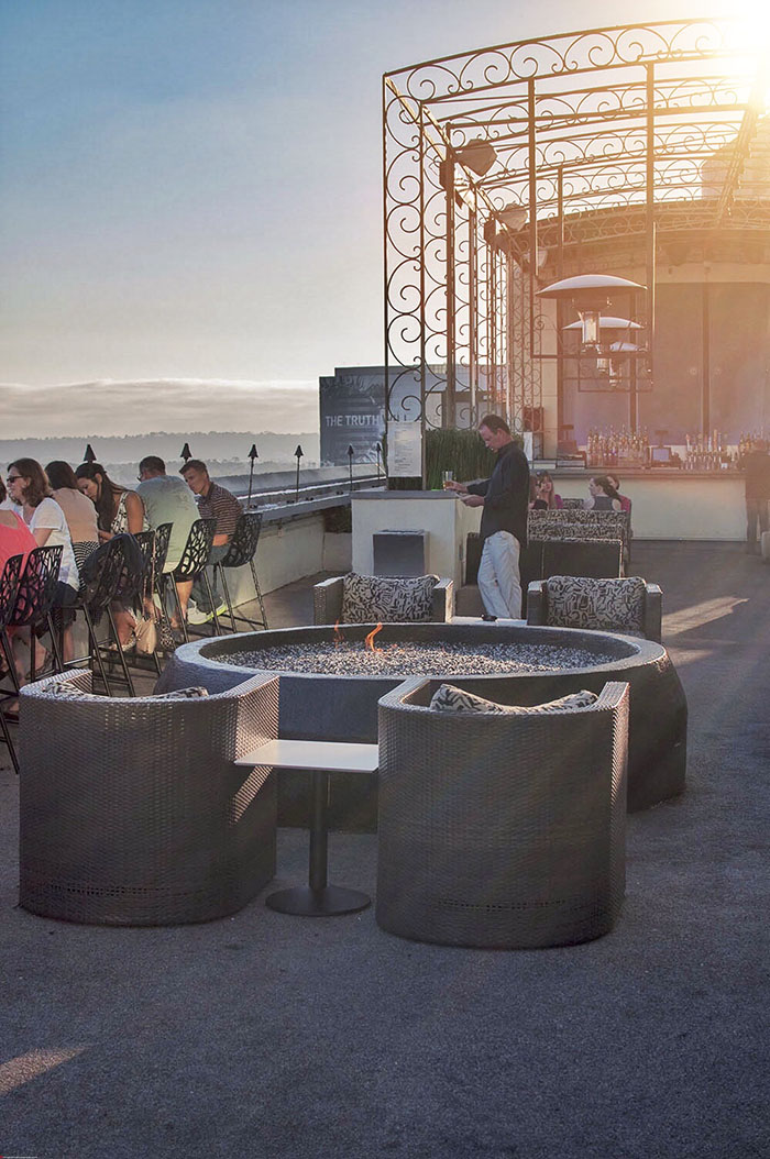 Mr and Mrs Romance - San Diego rooftop bars you must visit 3