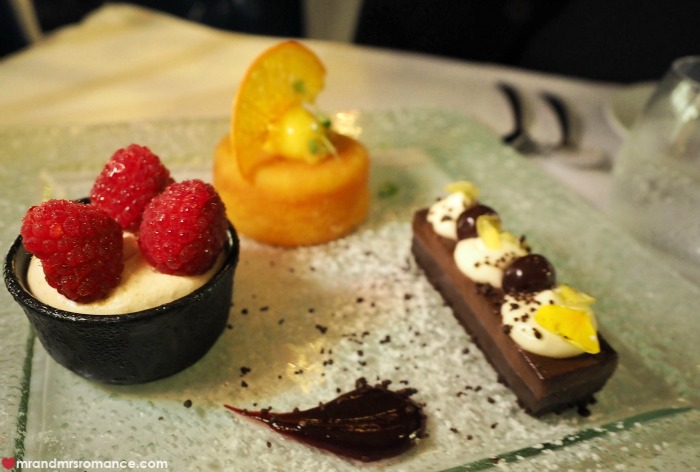 Mr & Mrs Romance - Ferris wheel dining - dessert
