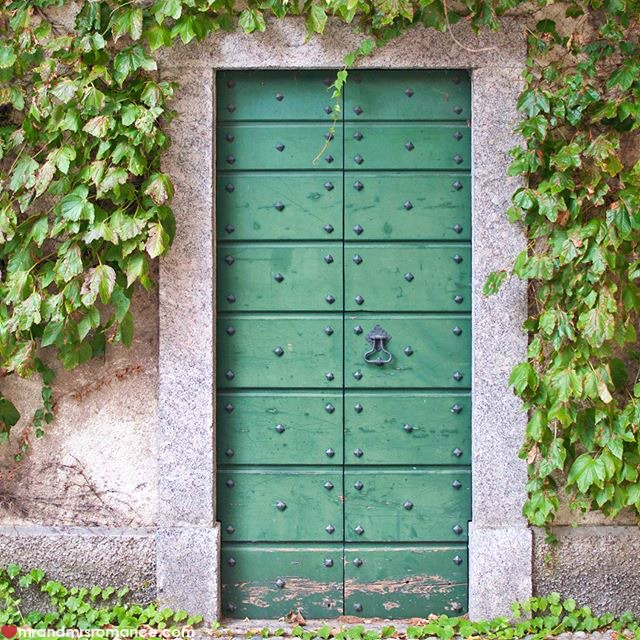 Mr & Mrs Romance - Insta Diary - 11 door in Como