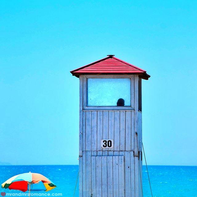 Mr & Mrs Romance - Insta Diary - 56 Livorno beach scene