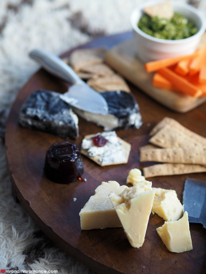Mr & Mrs Romance - the secret to the ultimate cheese board