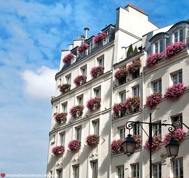 Mr & Mrs Romance - Insta Diary - 51 Paris building