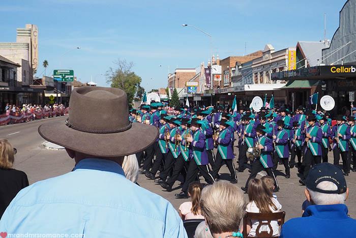 Mr & Mrs Romance – Scone Horse Festival -parade
