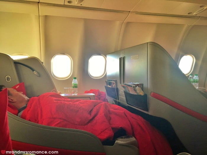 Mr & Mrs Romance - Insta Diary - 11 AirAsia flight home