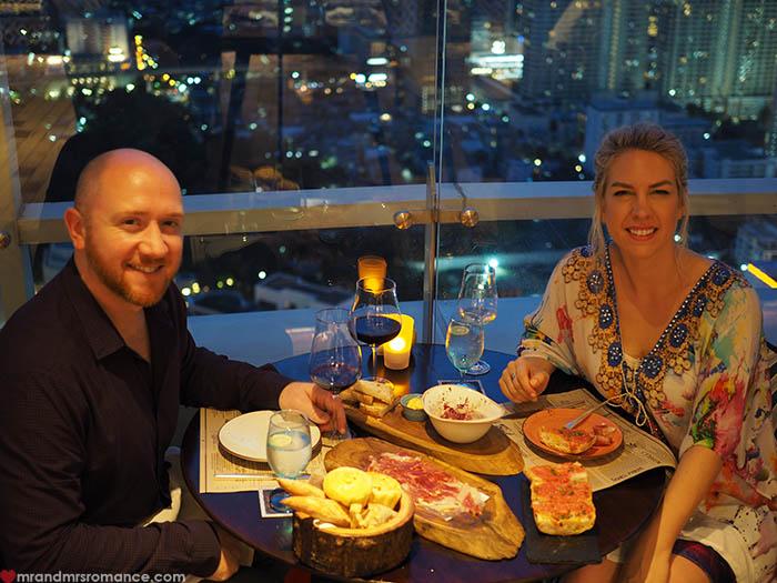 Mr & Mrs Romance - Uno Mas Bangkok - Mr & Mrs Romance