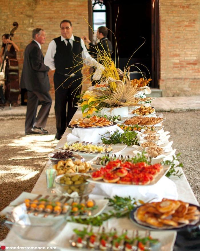 Mr & Mrs Romance - IG Edition - 50 Tuscan buffet