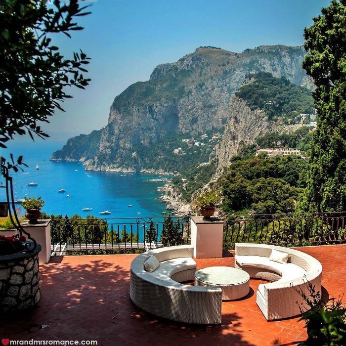 Mr & Mrs Romance - IG Edition - 52 Capri lounge