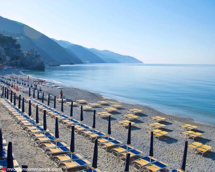 Mr & Mrs Romance - IG Edition - 53 Cinque Terra beach