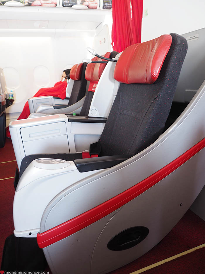 Mr and Mrs Romance - What's it really like to fly Air Asia?