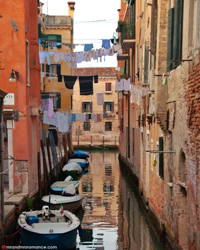 mr-mrs-romance-ig-edition-62-laundry-day-in-venice