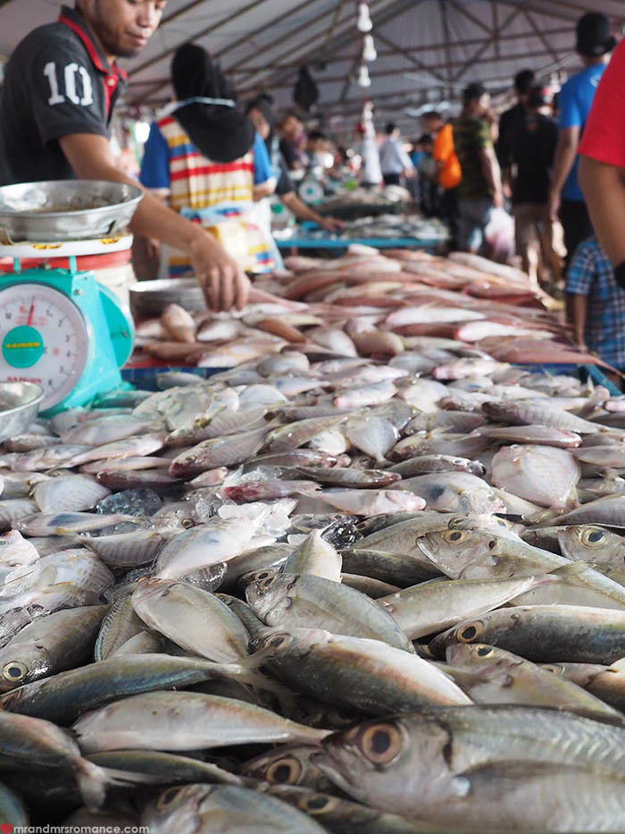 Mr and Mrs Romance - a quick itinerary for Sabah Borneo - Kota Kinabalu markets