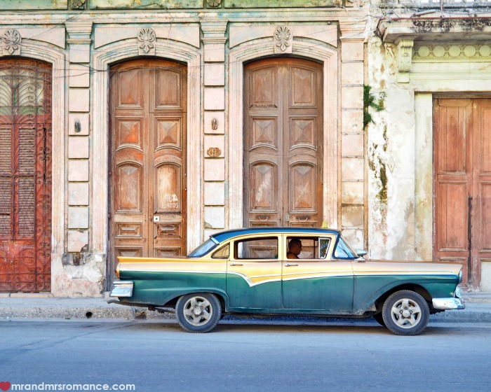 Mr & Mrs Romance - IG Edition - Cuba car