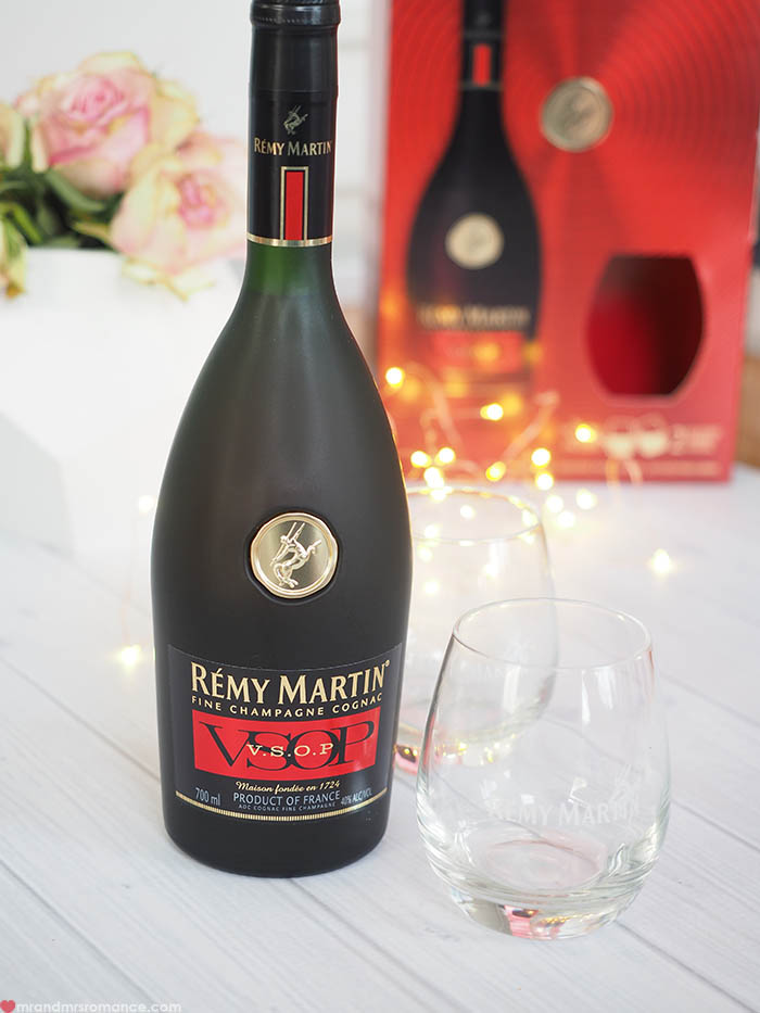 Mr and Mrs Romance - Remy Martin gift packs