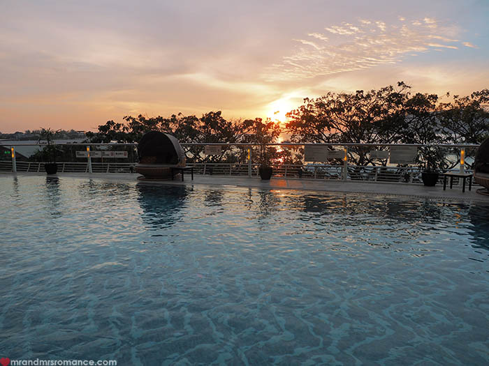 Mr and Mrs Romance - Where to stay in Borneo - Le Meridien Kota Kinabalu review