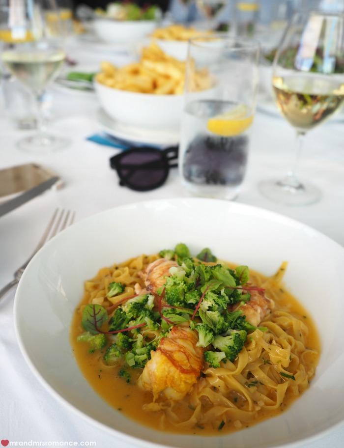 Mr & Mrs Romance - IG Edition - Catalina pasta main