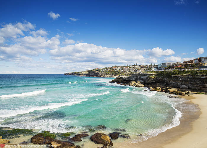 Mr and Mrs Romance - Things to do in Sydney - Tamarama Beach coast walk