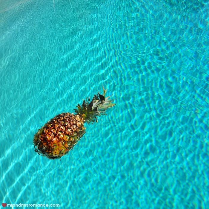 Mr & Mrs Romance - IG Edition - 53 floating pineapple