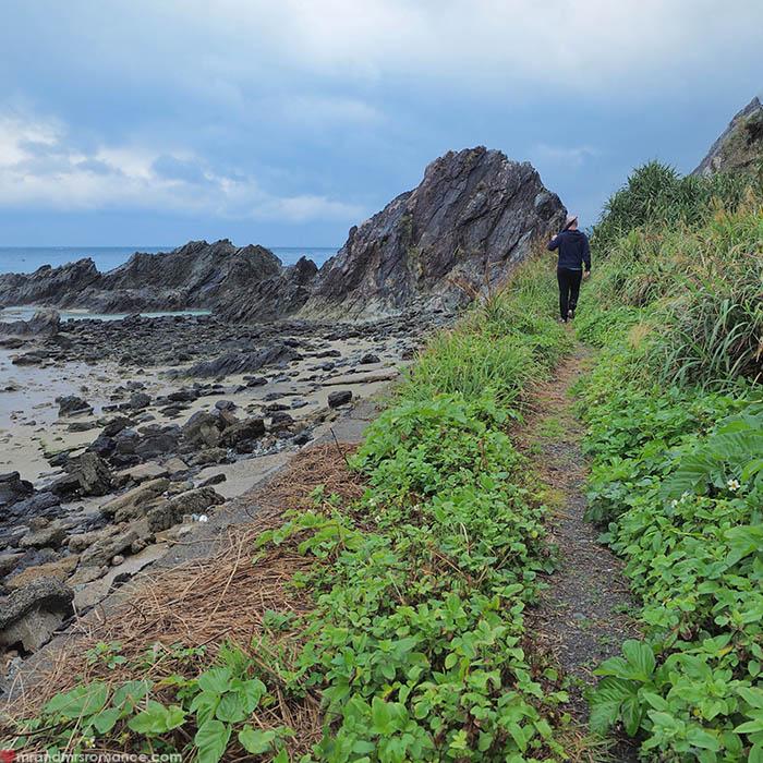 Mr & Mrs Romance - unusual things Okinawa - 5 broken bridge path