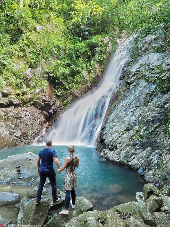 Mr & Mrs Romance - unusual things Okinawa - 8 Hiji Falls