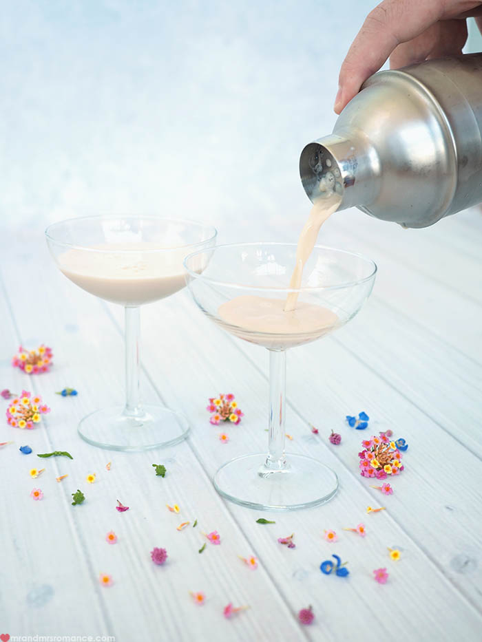 Mr and Mrs Romance - Feeney's Irish Cream Mother's Day Cocktail 1