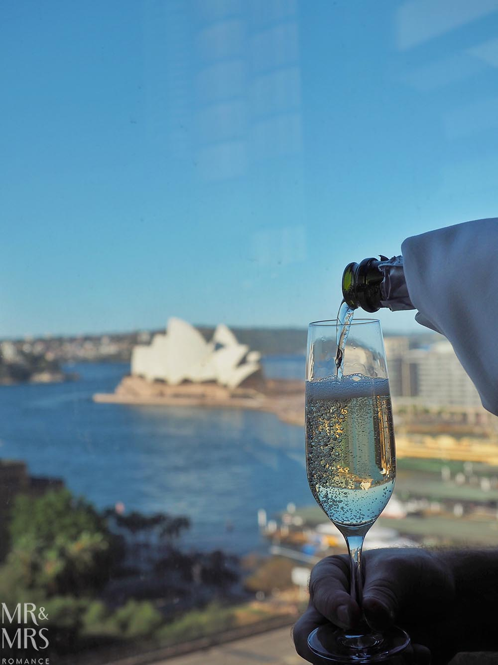 Where to stay in Sydney - Four Seasons Hotel Sydney - Mode Kitchen and Bar - Grain Bar review